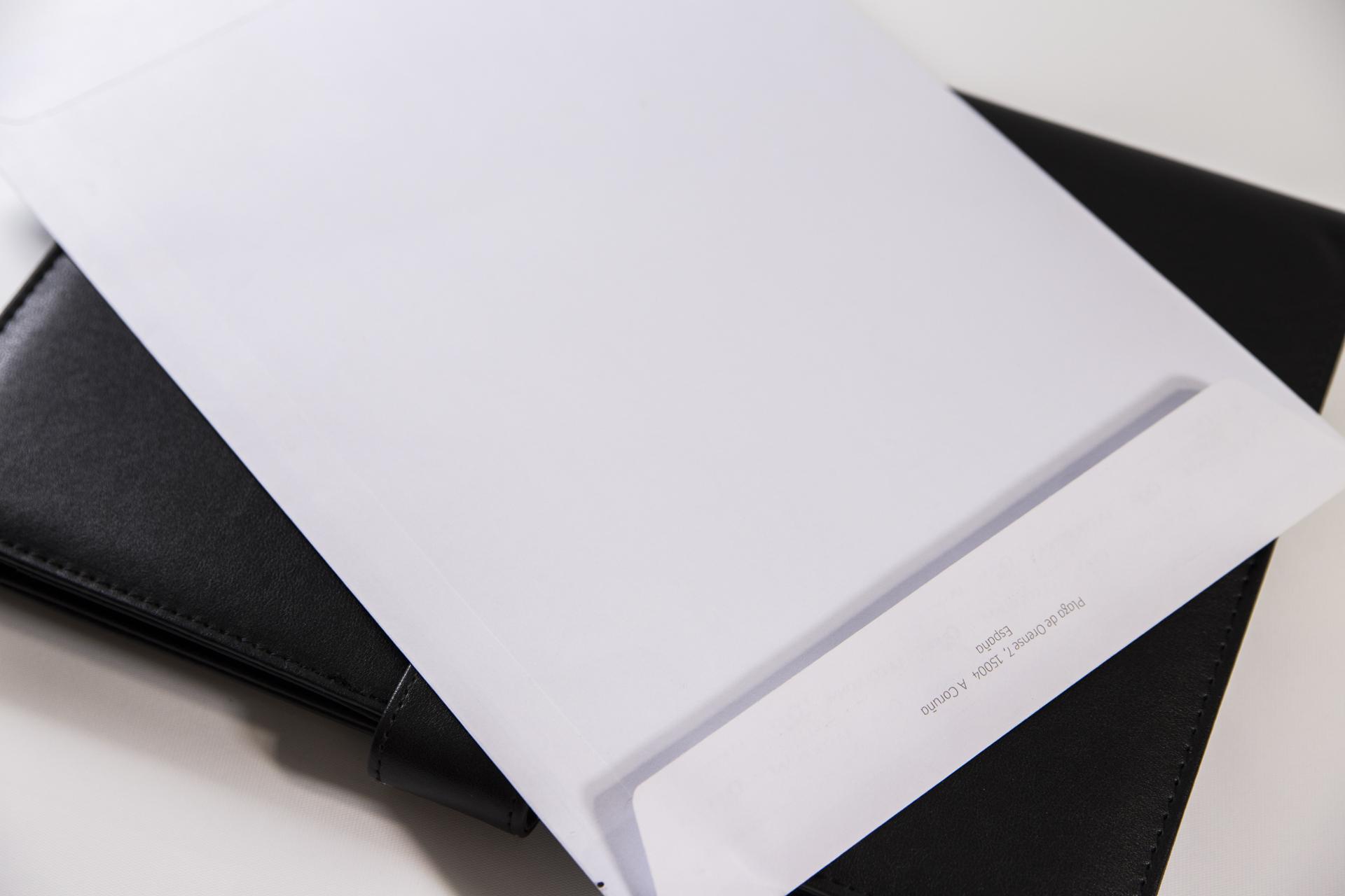 sobre empresarial impreso en imprenta VentoPrint